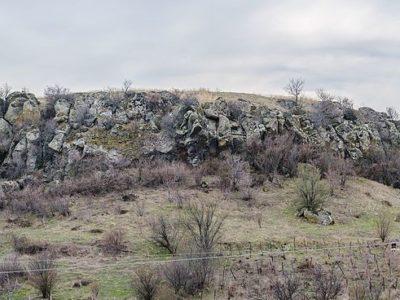 Костоперска карпа